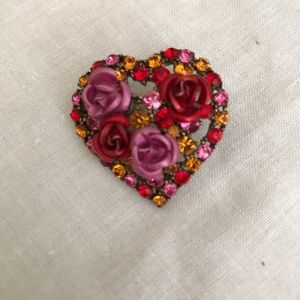 Jewelry - Hearts and flowers brooch